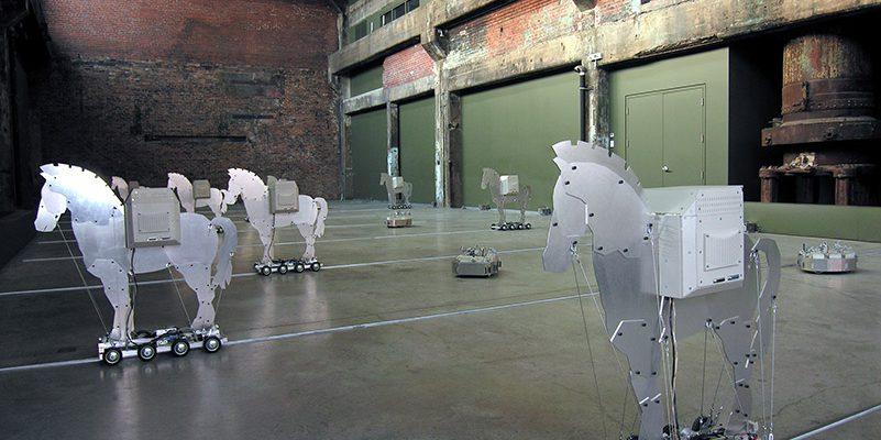 2004-06 : Infrasense, Fonderie Darling, Quartier éphémère – Montréal, Québec, Canada, 2005 Aluminium, plastique, composantes électroniques et mécanismes
