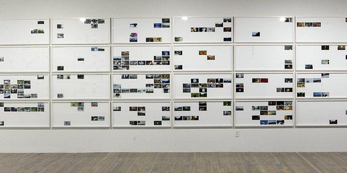 Aujourd'hui, date-vidéos, oeuvre évolutive amorcée en 2006 (vue partielle) Proposition réalisée pour la Galerie SBC : projection vidéo en continu (durée 5 heures) et 68 calendriers (épreuves numériques couleurs de 46 x 104 cm chacune) comprenant les images tirées des bandes vidéos réalisées de 2006 à 2011 photo : Ron Diamond